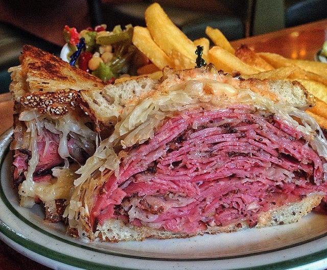 Brent's Deli black pastrami reuben restaurant delicatessen sandwich Northridge Westlake Village Los Angeles
