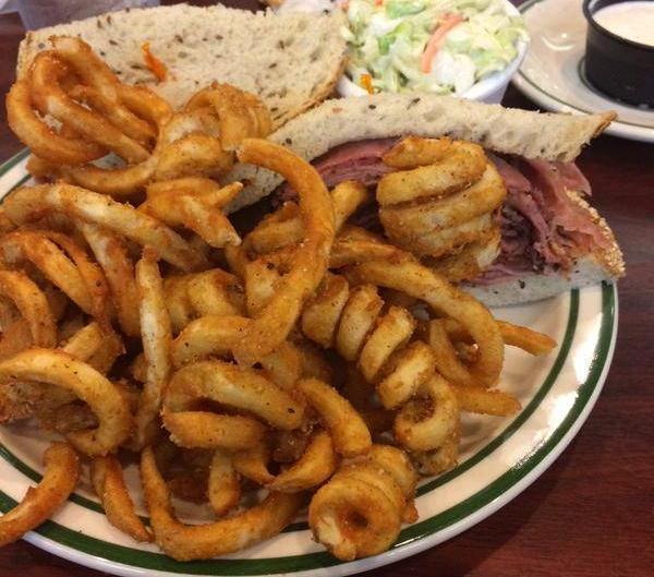 Brent's Deli Northridge Westlake Village Los Angeles delicatessen restaurant pastrami sandwich curly fries
