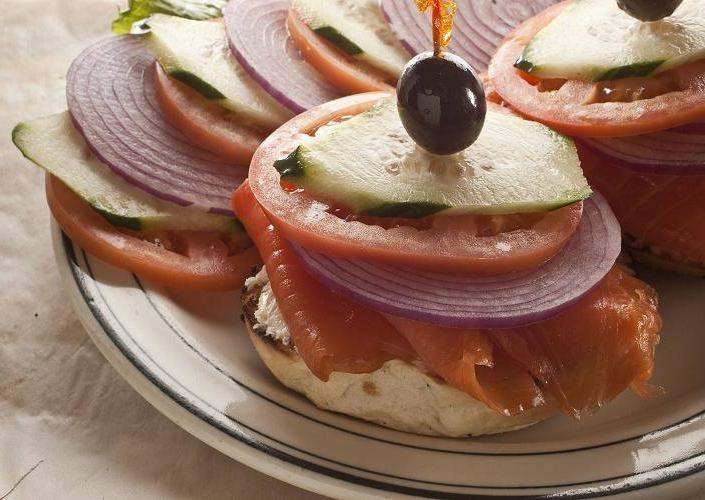 Brent's Deli restaurant delicatessen Northridge Westlake Village Los Angeles bagel lox schmear